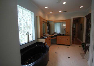 bathroom remodel costs small
